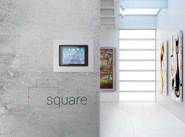 iPad Wandhalterung square von viveroo im Flur