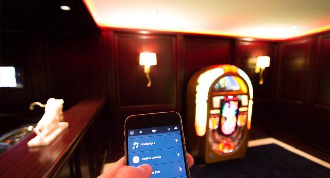 Wurlitzer Jukebox mit dem Handy bedienen