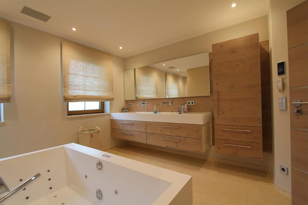 Smart Home Badezimmer mit wechselnder Belecuhtung