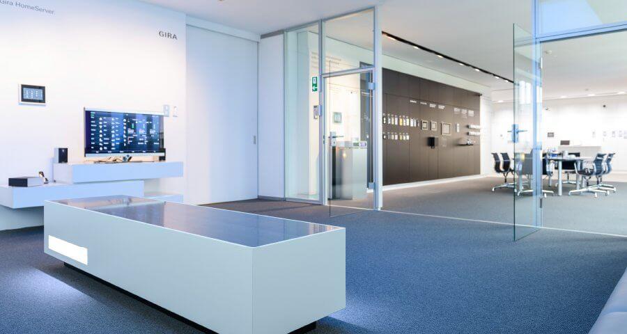 gira smart home und geb udeautomation mit knx casaio. Black Bedroom Furniture Sets. Home Design Ideas